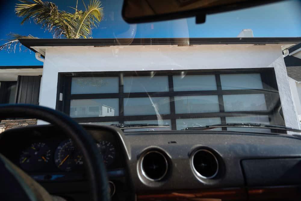 Clopay Avante GarageDoor 5532