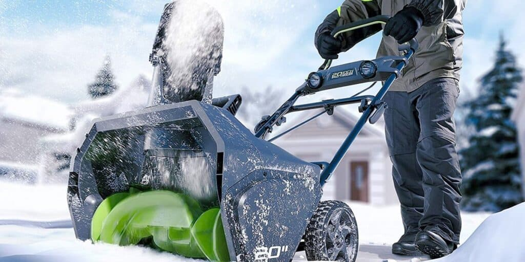 Greenworks Pro 20 inch 80V snow thrower