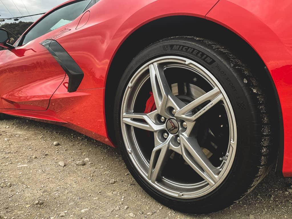C8 Corvette 16