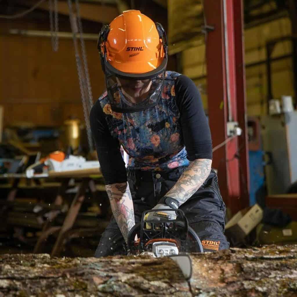 griffon ramsey chainsaw artist