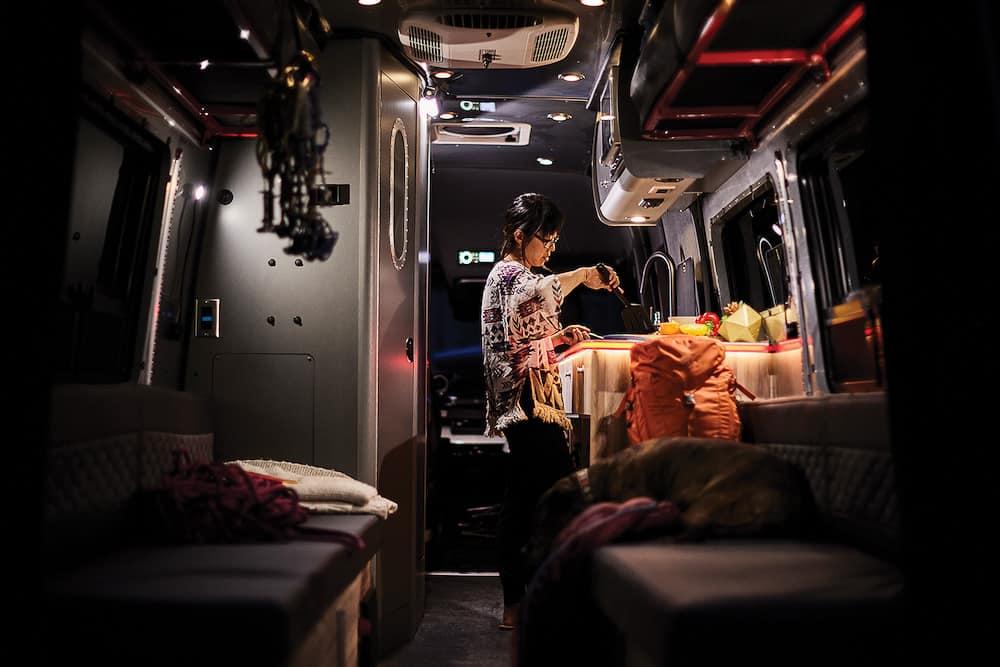Airstream Interstate 24X Van 21
