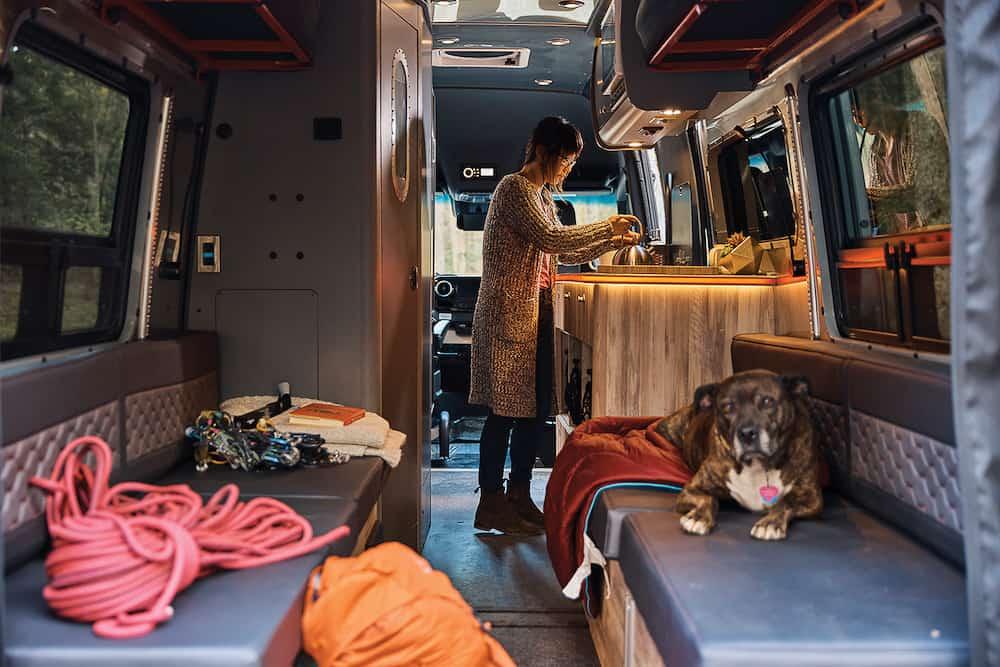 Airstream Interstate 24X Van 47