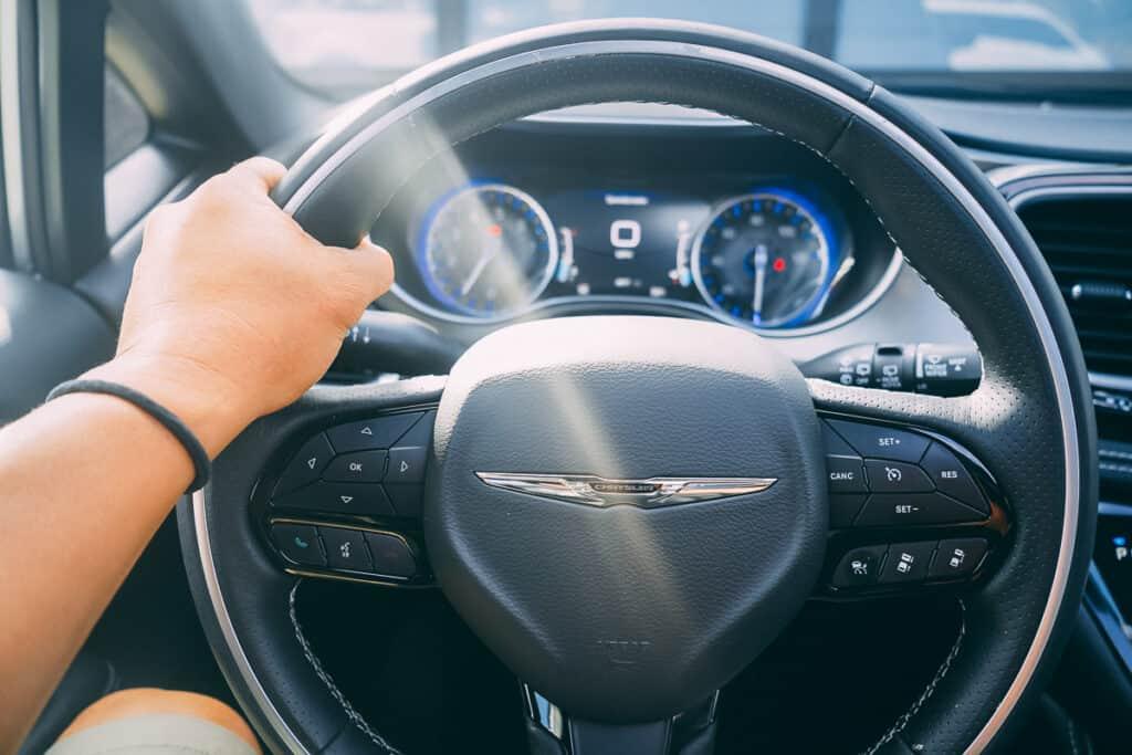 Chrysler Pacifica Photos Interior Exterior 47