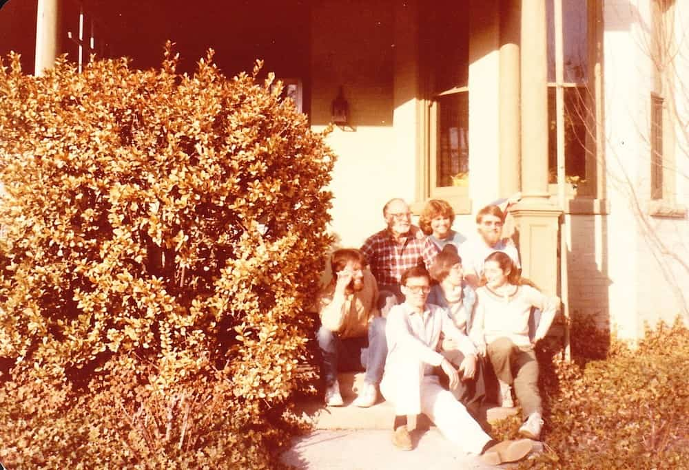 18b Williams Family in front of Richmond House