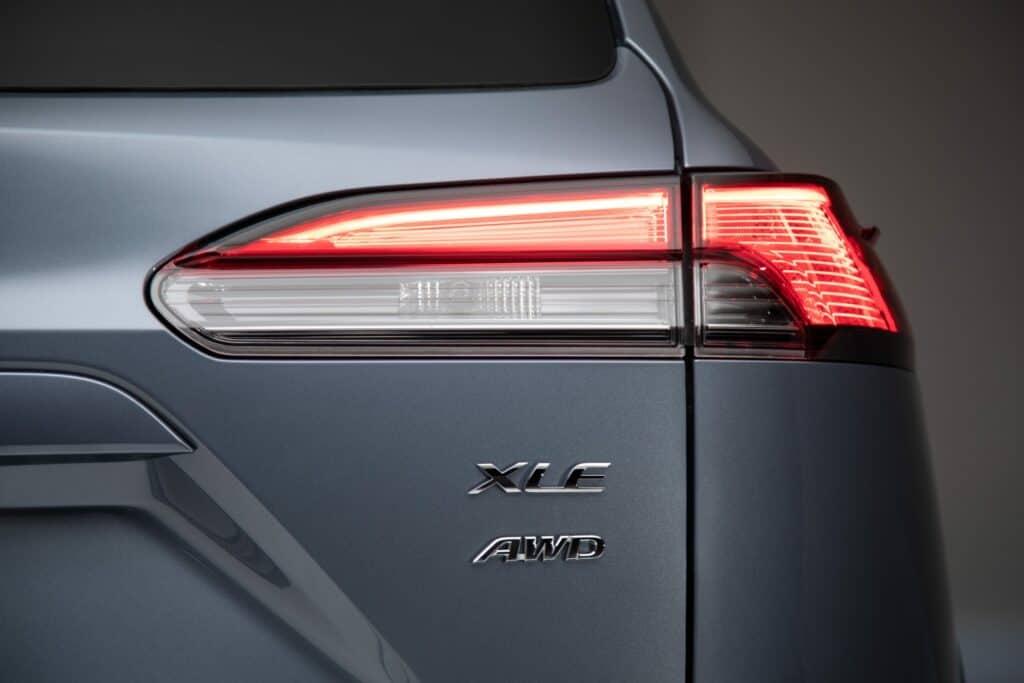 2022 Toyota Corolla Cross Celestite 007 scaled 1