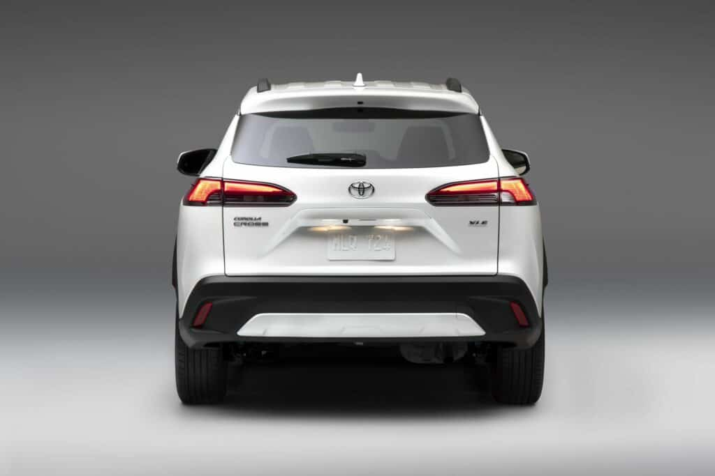 2022 Toyota Corolla Cross WindChillPearl 005 scaled 1