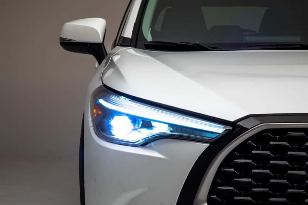 2022 Toyota Corolla Cross WindChillPearl 007 scaled 1