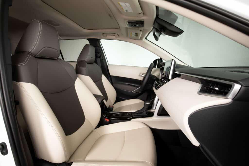 2022 Toyota Corolla Cross WindChillPearl 015 scaled 1