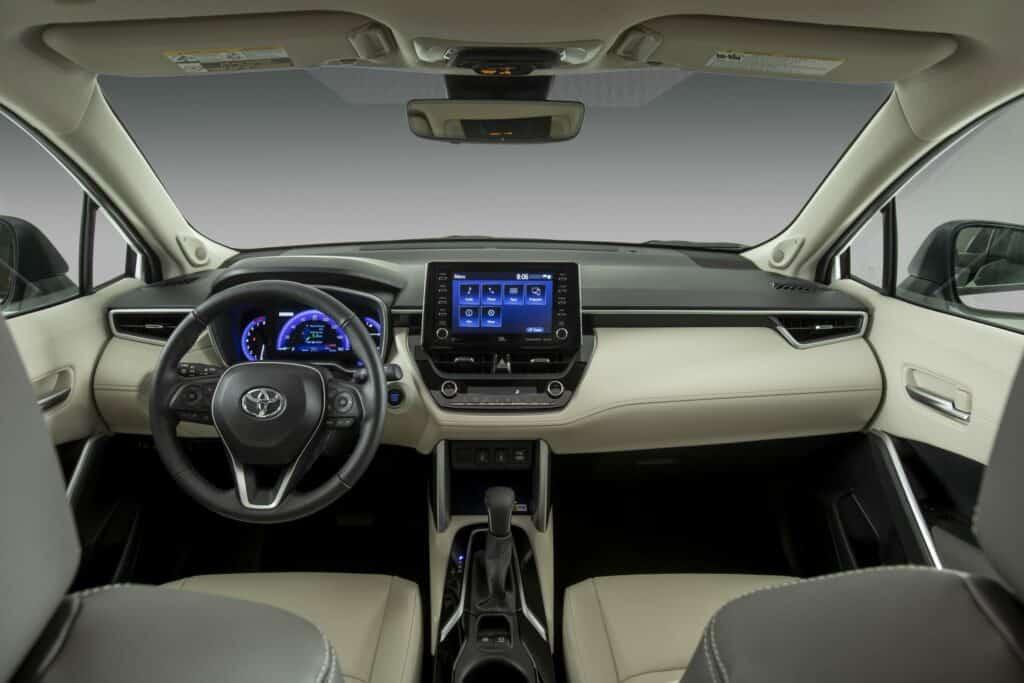 2022 Toyota Corolla Cross WindChillPearl 016 scaled 1