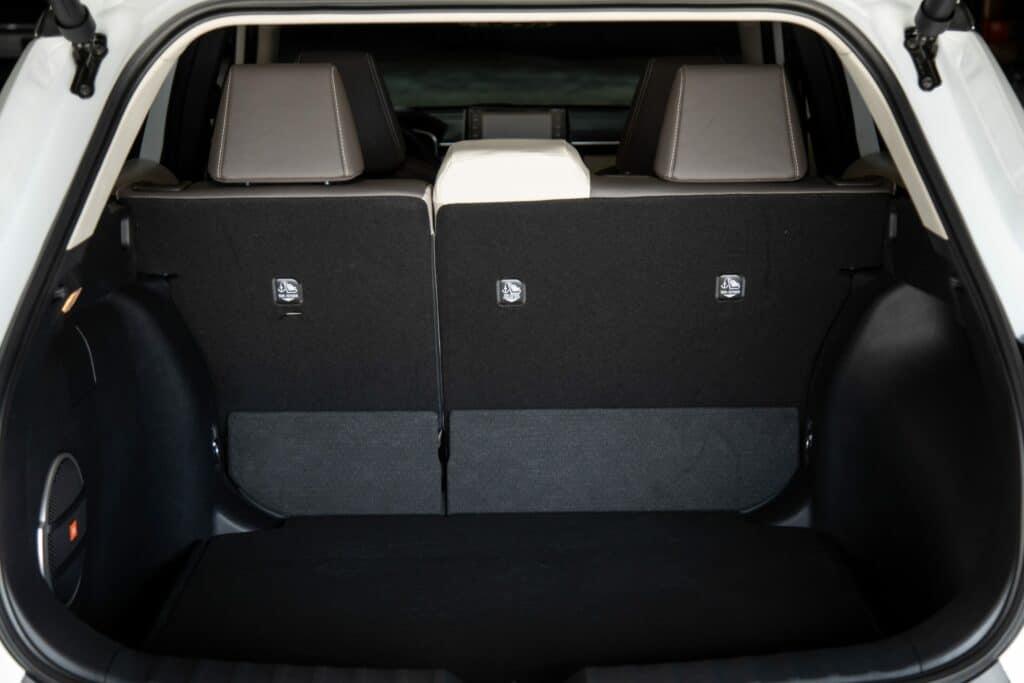 2022 Toyota Corolla Cross WindChillPearl 022 scaled 1